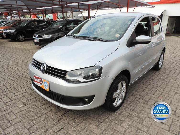 VOLKSWAGEN FOX 1.6 MI 8V FLEX 4P MANUAL 2013